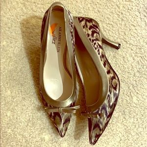 Shoes - Women's heels. Anne Klein